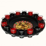 Spin N Shot Jeu à boire à roulette avec 16 verres à shots et roulette de casino